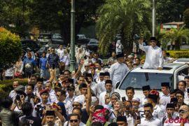 Prabowo-Sandi Menuju KPU
