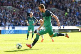 Dua gol Kane bawa Tottenham bekuk Huddersfield 2-0
