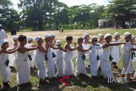 Ratusan anak TK belajar manasik haji