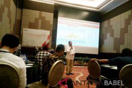 OJK ajak media edukasi masyarakat terkait industri keuangan