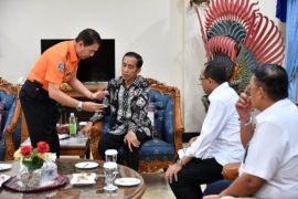 Presiden Jokowi: 15 kapal bantu pencarian korban pesawat jatuh