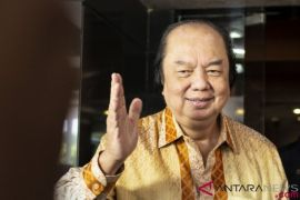 Dato Sri Tahir Menukar 93 Juta Dolar Miliknya ke Rupiah