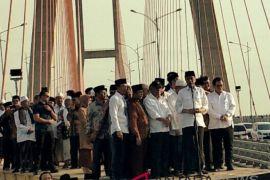 Presiden Jokowi: Pembebasan tarif  Jembatan Suramadu bukan urusan politik