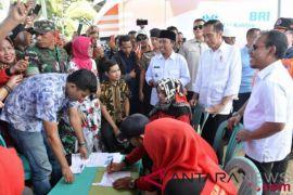 Presiden Jokowi pastikan kemudahan pencairan dana bantuan gempa