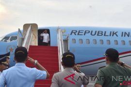Presiden Jokowi resmikan tol dan bagikan sertifikat di Jateng