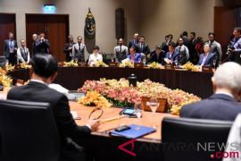Presiden Jokowi tekankan pentingnya infrastruktur di hadapan KTT APEC