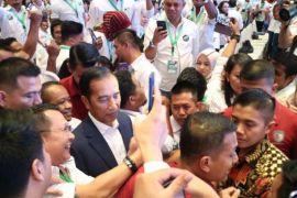 Jokowi: Pengusaha harus bisa manfaatkan peluang