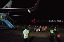Tabrak tiang Bandara, Lion Air rute Bengkulu-Jakarta batal terbang