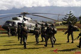 TNI/Polri masih cari lima karyawan Istaka korban KKB