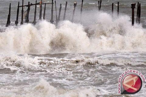 BMKG Pangkalpinang: pasang air laut Membalong capai dua meter