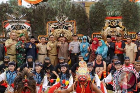 Wakil Bupati Bangka Selatan Buka Festival Reog