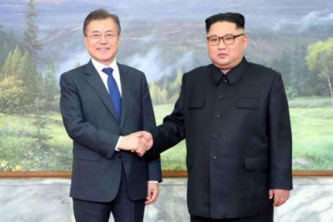 Pemimpin Korut-Korsel mendadak bertemu jelang pertemuan Trump-Kim