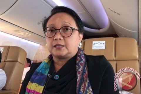 Menlu akui pemerintah berkomunikasi intensif dengan Siti Aisyah