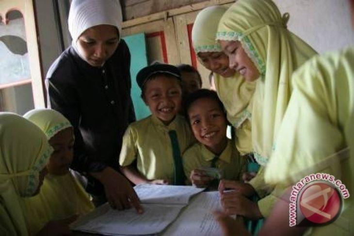Caleg: Pemerintah Bangka Mesti Adil Penangan Pendidikan