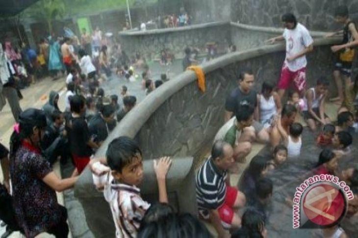 Pengembangan wisata air panas Dendang terkendala lahan