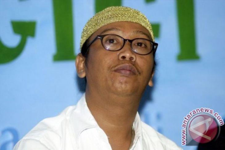 Kejagung Belum Tahan Seniman Betawi Mandra Antara News Bangka Belitung
