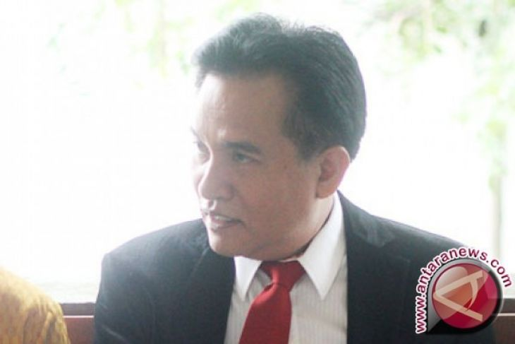 Yusril: ucapan Amien Rais tidak perlu dilaporkan ke polisi