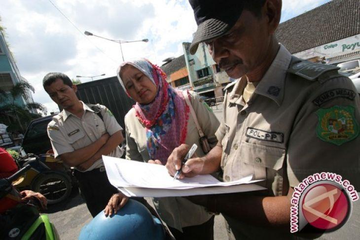 Satpol PP Kabupaten Bangka Minta Pengunjung Pasar Jaga Keamanan