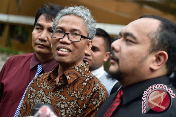 Buni Yani Divonis Satu Tahun Enam Bulan Penjara