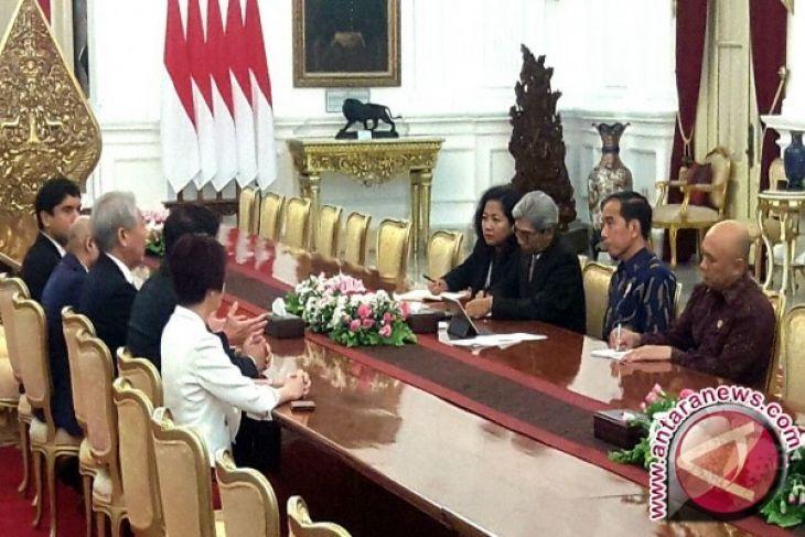 President Jokowi Receives Deputy Prime Minister of Singapura