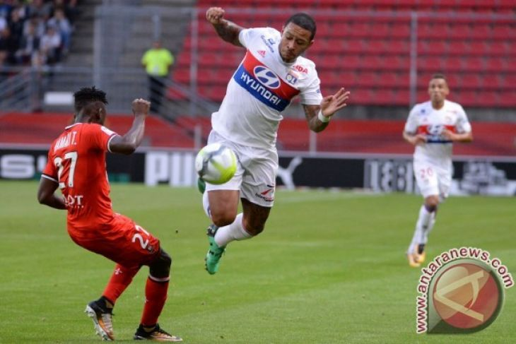 Lyon Bekap Rennes 2-1 dan Lanjutkan Tren Positif di Awal Musim