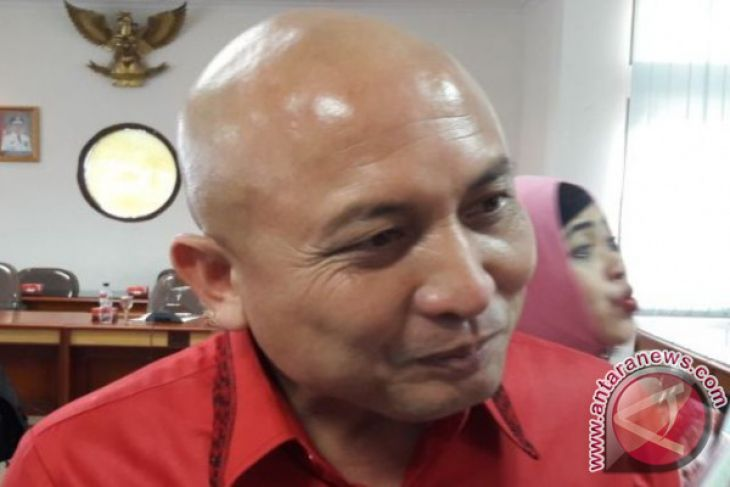 Sikapi wacana interpelasi, ulama serukan mediasi DPRD-gubernur