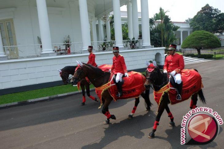 Mengenal Istana Kepresidenan - Barang Seni Dari Presiden ke Presiden