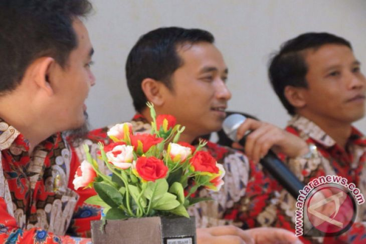 Bawaslu-Polres Bangka Tengah teken MoU penertiban APK