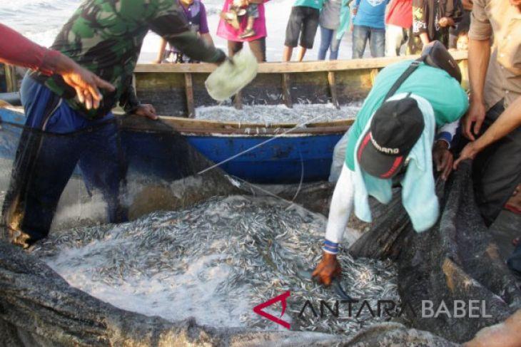 Nelayan jaring teri berharap kemudahan perizinan