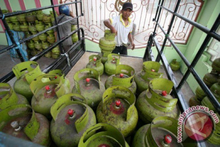 Masyarakat Toboali keluhkan harga gas tiga kilogram Rp30.000