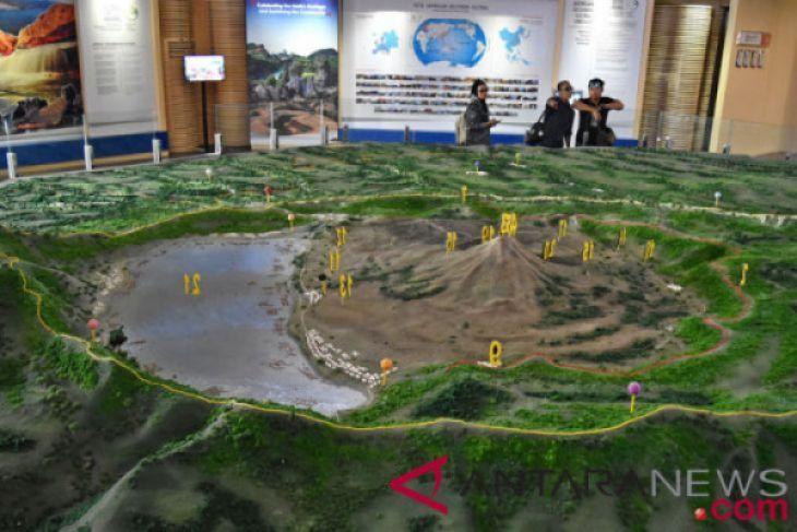 Wisata edukasi museum Geopark Batur