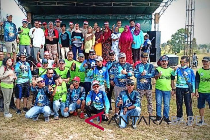 PT Timah-Komunitas sepeda jelajahi Pulau Lepar