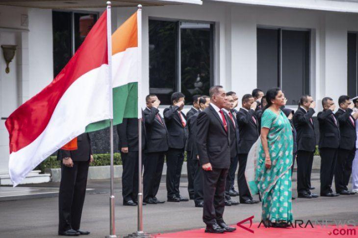 Kunjungan Menteri Pertahanan India