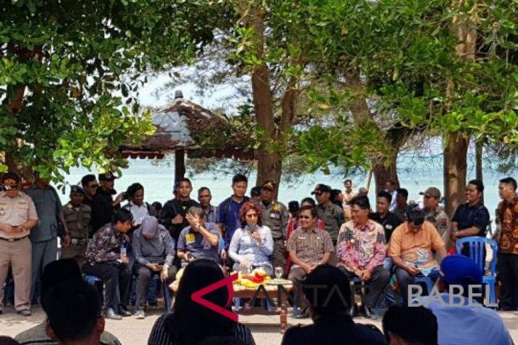 Menteri Susi: Nelayan Belitung Timur usir tambang ilegal