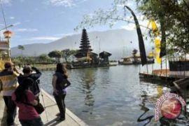 Erupsi Gunung Agung, wisatawan ke Tabanan tak terpengaruh (video)