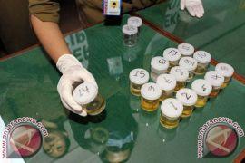 Pemeriksaan saksi narkoba dari kakak anggota DPRD Bali ditunda