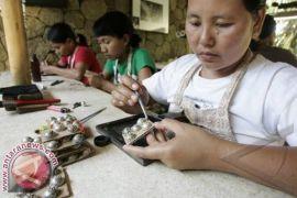Kerajinan Perak Bali dipamerkan di China
