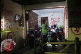 Kantor TvOne Yogyakarta Disegel Massa PDI Perjuangan