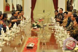 Presiden Jokowi Makan Bersama Pelawak