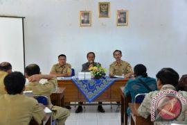 Buleleng ajak perbekel studi banding pertanian Tangerang