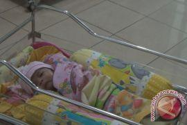 K3S Denpasar serahkan bantuan kereta bayi kepada penderita keterlambatan tumbuh