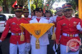 Yovita Pembawa Baki Paskibraka Provinsi Bali