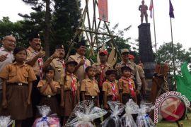 56 siswa SMA/SMK Gianyar ikuti Kemah Budaya