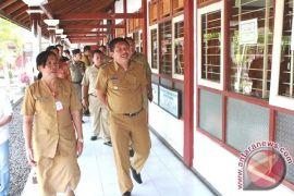 Sekolah Jembrana Diimbau Sediakan Alat Tulis UN