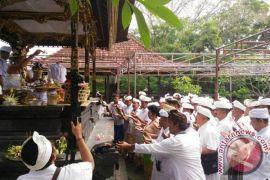 700 Pecalang Badung Melakukan Ritual
