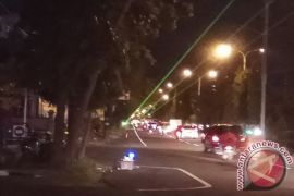 Masyarakat Keluhkan Lampu Laser di Jalan Raya