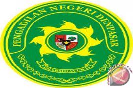Penipu rekrutmen PNS Bali dituntut 2,5 tahun