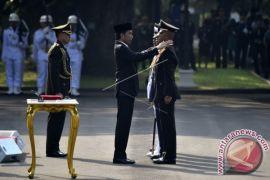 Presiden Jokowi Minta TNI-Polri Terus Jaga Soliditas