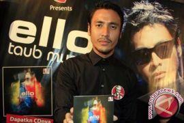 Polisi Menangkap Penyanyi Ello Terkait Kepemilikan Ganja