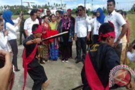 Melly Goeslaw Pulang Kampung ke Halmahera Rayakan HUT RI